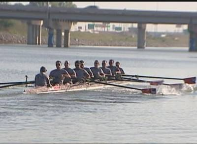 News video: Oklahoma Army National Guard Soldiers Form Rowing Team